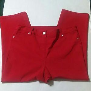 Ladies Westbound Capris Size 10